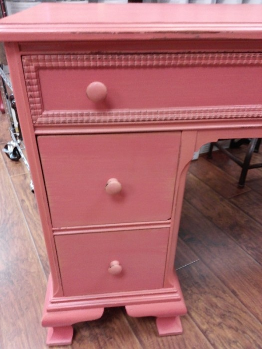 Want to win a free furniture painting class?