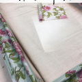 Learn how to decoupage a picture frame using floral print napkins. #thetreasuredhome #decoupage #fusionmineralpaint #howtodecoupage #diyhomedecor