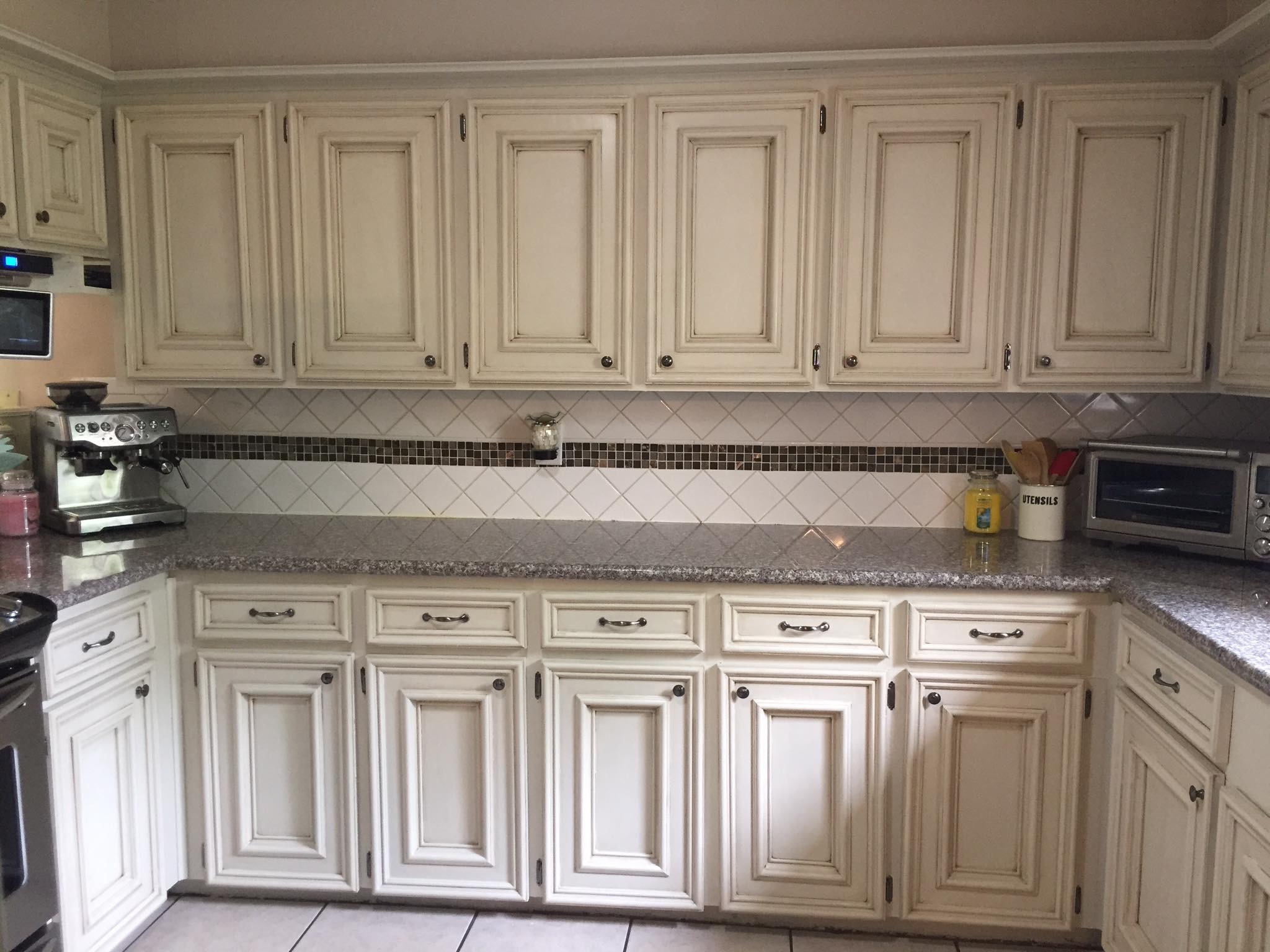 You Know You Want to Paint Your Old Oak Cabinets! - The ...